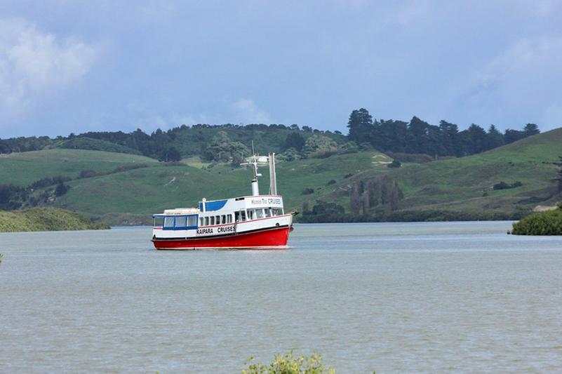 Port Albert Easter Cruising